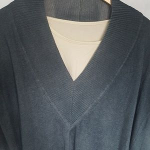 Mothers en Vogue Sweaters - Mothers en Vogue Brooke's Pullover Sweater Size XS